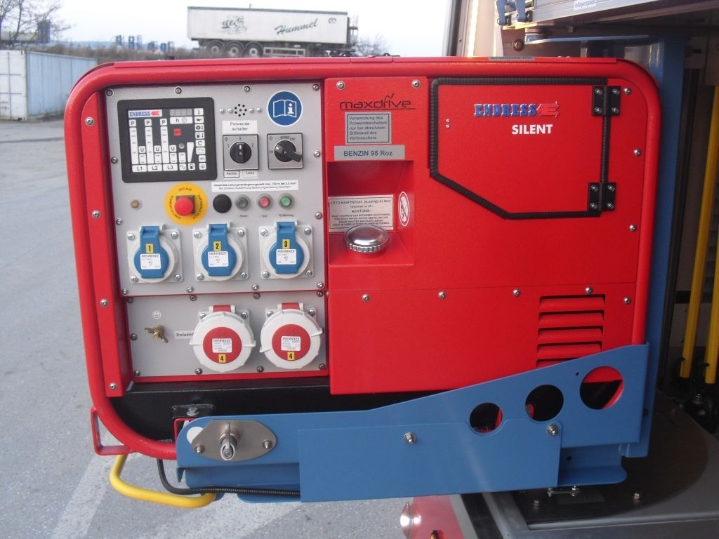Stromerzeuger 14 KVA BJ 2012