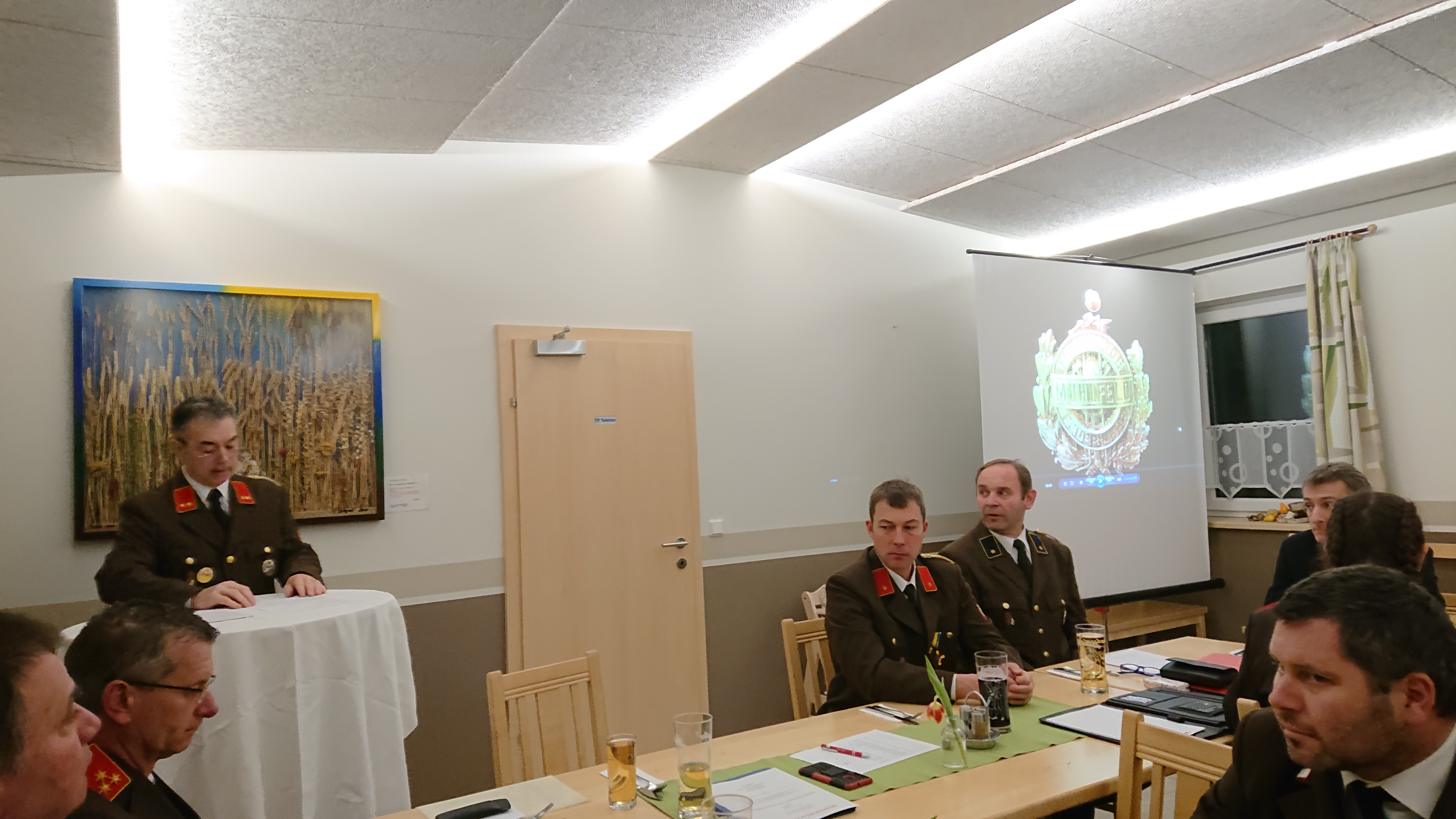Kommandant OBI Hubert Schleritzko begrüßt alle Anwesenden inkl. Ehrengäste